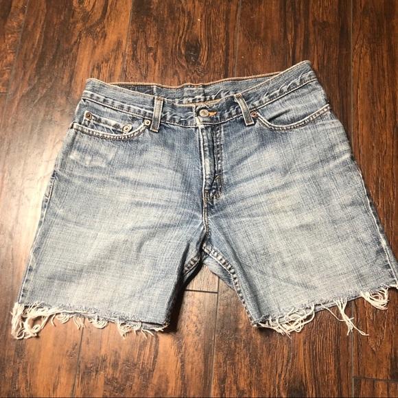 Levi's Pants - 518 Levi's cut off